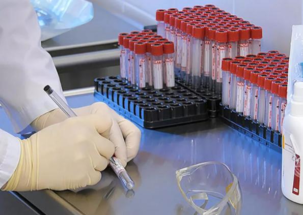 Қазақстанда бір тәулікте 1000-ға жуық адамнан коронавирус анықталды