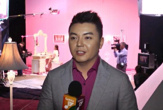 Алмас Кішкенбаевтың ажырасқанын естіген анасы инсульт алған (видео)