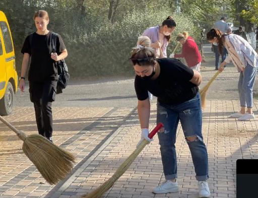Шымкент қаласында жалпықалалық сенбілік өтті