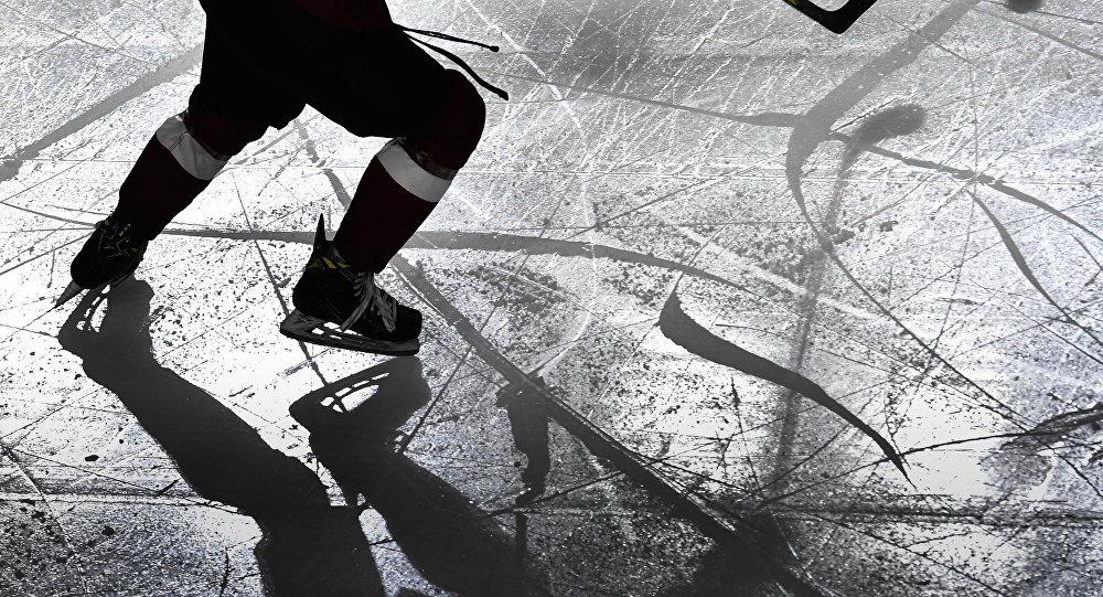 Қазақстандық қақпашы өз қорғаушысын жұдырықпен бір ұрды – видео